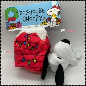 Bark Box New Small Dog Toy Doghouse Snoopy